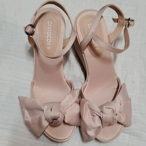 Divided H&M Light Pink Wedge